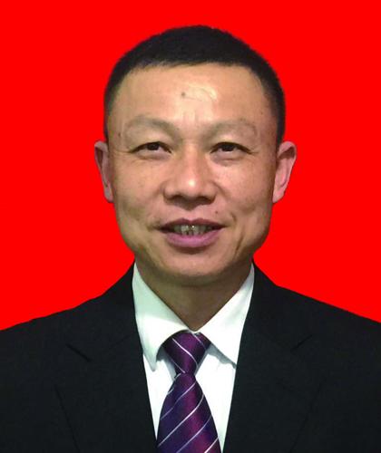 石荣,金牌项目经理,9年