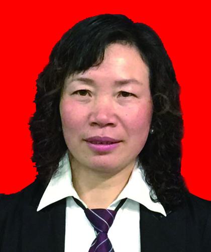 卢艳梅,金牌项目经理,8年